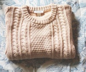 sweater, vintage, and winter image