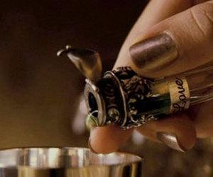 flask, julia roberts, and liquid image