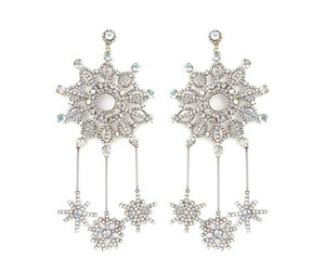 earrings and snowflakes image