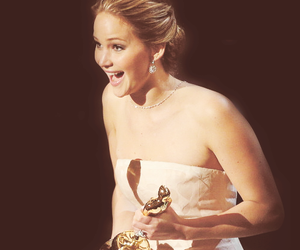 Jennifer Lawrence and oscar image