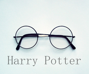 counterfeiting is a crime and harry potter*_* image