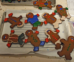 gingerbread and gingerbread man image