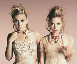 girls, mary kate and ashley, and pink image