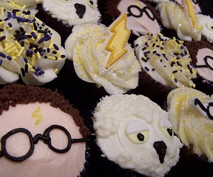 cupcake, harry potter, and cute image