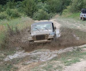 jeep mud image