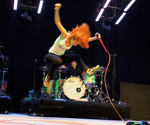 hayley williams and jump image