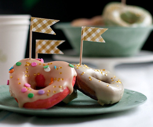 baking, st. patrick's day, and donut image