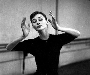 audrey hepburn, beauty, and classy image