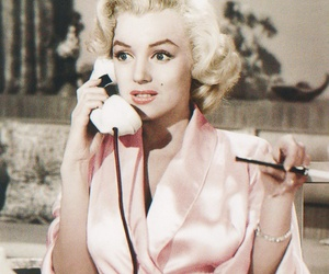 classic, marilyn, and phone image