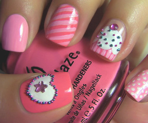 nails, pink, and cupcake image
