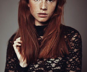 model, redhead, and luca hollestelle image