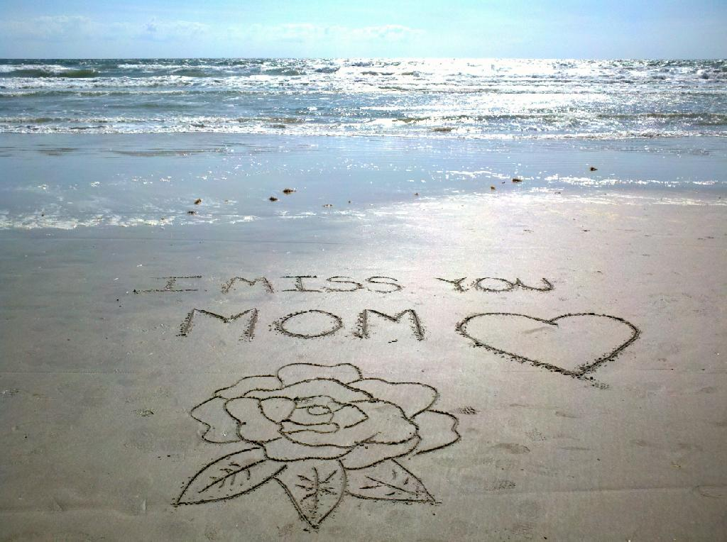 Mom I Miss You Uploaded By Ilze Briede On We Heart It