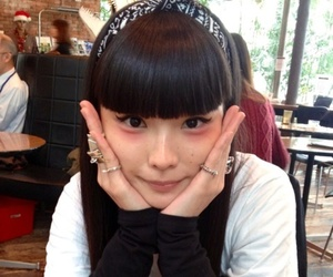 black hair, japanese, and akimoto kozue image