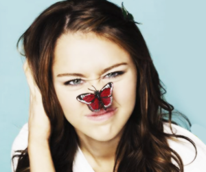 miley cyrus, miley, and butterfly image