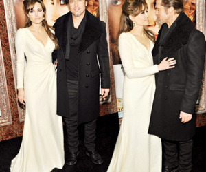 Angelina Jolie and brad pitt image
