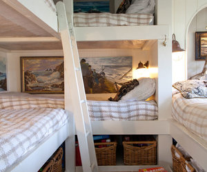 bedroom and bunk bed image