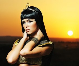 cleopatra, sun, and egypt image