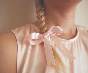 blonde, bow, and braid image