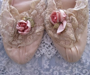 Dream, imagine, and lace image