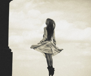 girl and weightless image