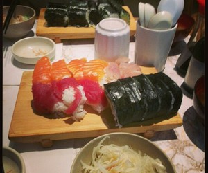 food, japan, and maki image