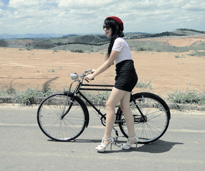 bicicleta, bike, and blogger image