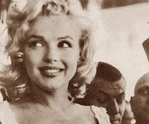 Marilyn Monroe, vintage, and smile image