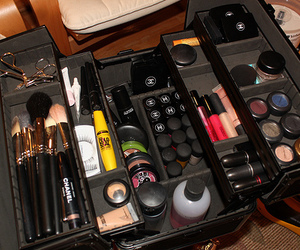 Brushes, mac, and chanel image
