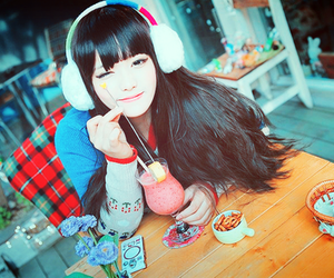 girl, asian, and kawaii image