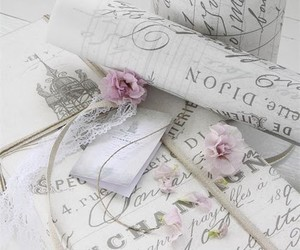 flowers, gift, and Paper image