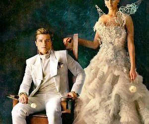 catching fire, peeta, and katniss everdeen image