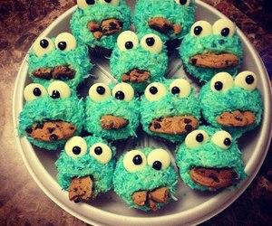 food, Cookies, and cupcake image