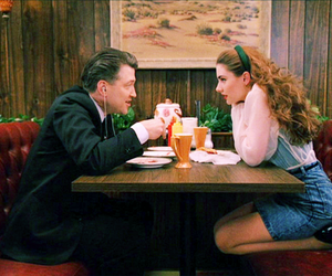 Twin Peaks, david lynch, and 90s image