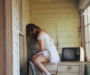 girl, vintage, and sad image