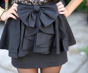 bow, ruffles, and skirt image