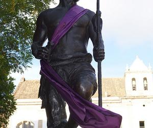 estatua, hero, and guerreiro image