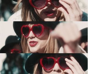 Taylor Swift, red, and 22 image