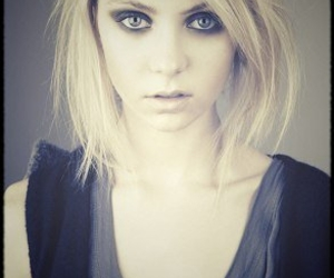 Taylor Momsen and taylor image