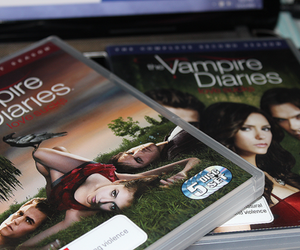 dvd, the vampire diaries, and series image