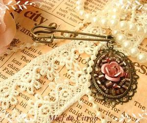 accessories, girly, and pearls image