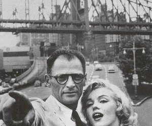 Marilyn Monroe, black and white, and couple image