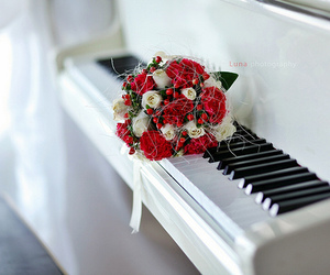 piano, flowers, and red image