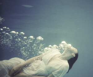 water, underwater, and bubbles image