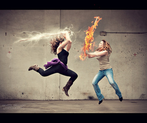 Action, damas, and fire image