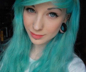 piercing, hannah walpole, and blue hair image