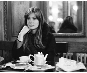 francoise hardy and black and white image