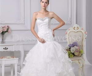 girls, fashion wedding dress, and lace wedding dress image