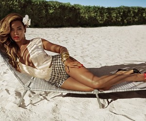 summer, vintage, and queen b image