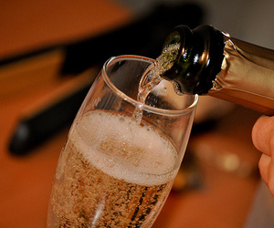 champagne and alcohol image
