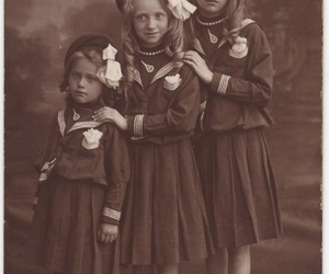 photograph, sisters, and vintage image